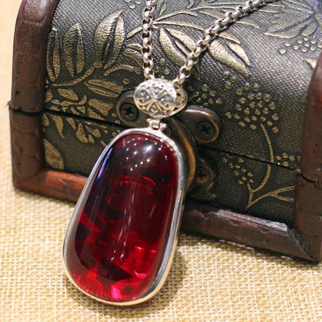 famous brand Natural semi-precious stone women Garnet folk style ladies pomegranate red monkey red pendant girlfriend gift