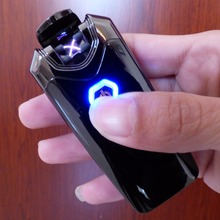 portable The Most Popular of cool People Dual Arc USB Electronic Rechargeable Lighters Cross Flame with black bag  for  lighters