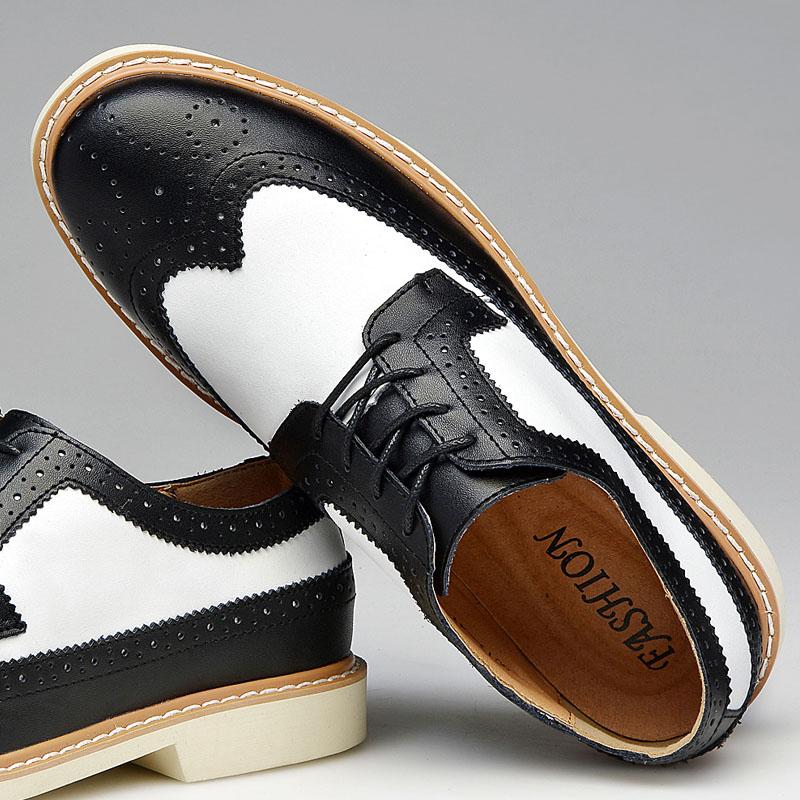 791030440 Estilo inglaterra Homens Sapatos Oxfords Retro Casual Masculino Cor  Misturada Negócios Formais Vestido Sapatos Para Homens 139 em Calçados  Casuais Dos ...