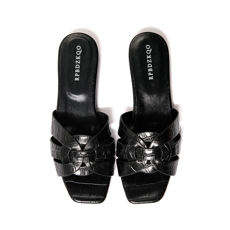 Фото Comfortable Open Toe Beach Shoes Ladies Black Slip On Slides Patent Leather Women Sandals Flat Summer 2018 Plus Size Designer
