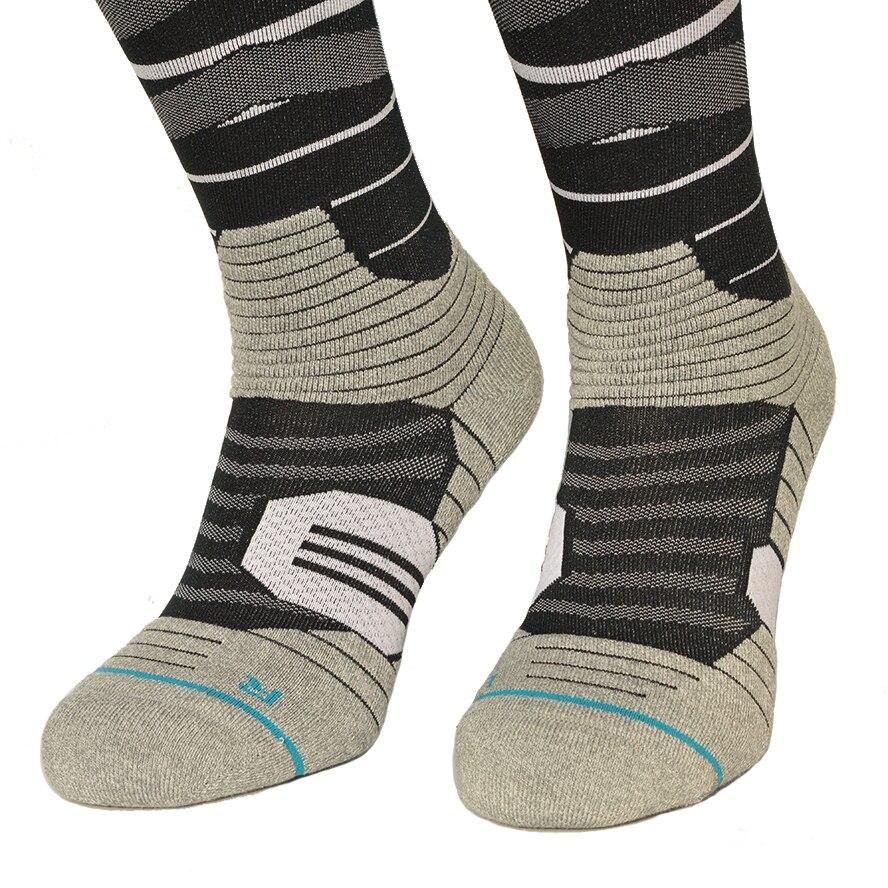 snowboard compression socks Men CoolMax Nylon Knee High Cycling Socks color rush Grid Sports Thermosocks NANPUCRAZY