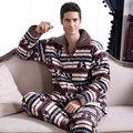 Moda masculina Casual Homens Sleepwear Conjuntos de Pijama de Flanela de Inverno Mais Grossa de Veludo Quente Desgaste Do Sono Masculino Salão Casa
