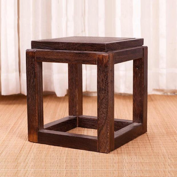 Japanese Antique Wooden Stool Chair Paulownia Wood Small Asian Traditional Furniture Living Room Portable Low Stand Stool Design