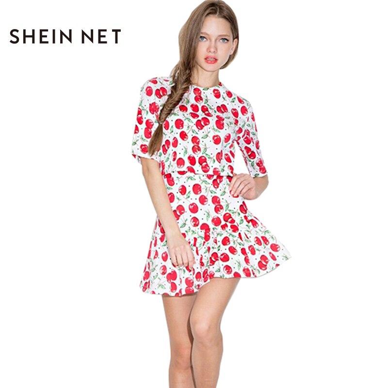Платье рисунок вишня