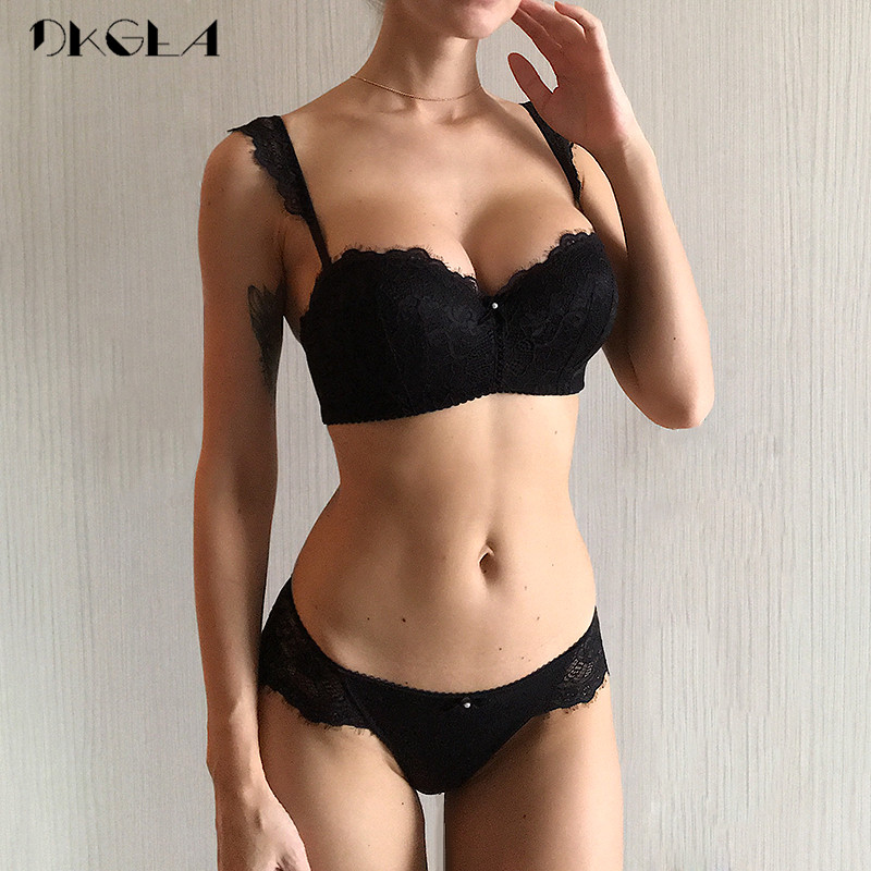 New Fashion Green Brassiere Deep V Push Up Bra Set Thick Cotton A B C Cup Women Bras Lingerie Set Lace Sexy Underwear Black