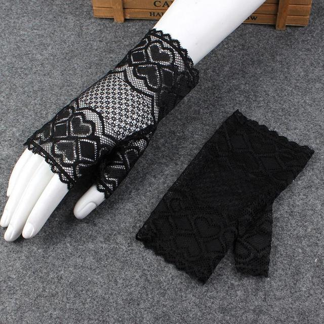 Short Women Lace Gloves...