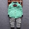 2016 Primavera Novos Meninos Do Bebê Conjuntos de Roupa Infantil/Recém-nascidos estilo Gentleman Shirt + Pnats Ternos Crianças Crianças Ternos Casuais