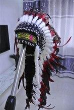 Coiffe de plume indienne réplique, faite de rouge et noire, costumes de chapeau de plume faite à la main