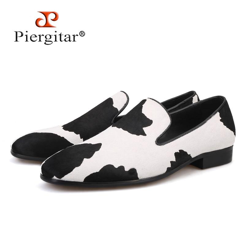 Ayakk.'ten Erkek Rahat Ayakkabılar'de Piergitar el yapımı erkek mokasen ayakkabıları siyah ve beyaz at kılı Moda parti ve düğün erkek ayakkabısı moda sigara terlik'da  Grup 1