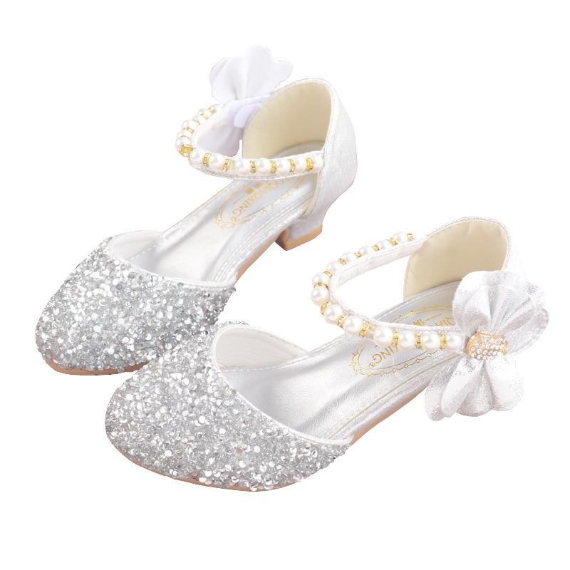 Image 3 - Детские сандалии из искусственной кожи с пряжкой на ремешке, обувь для девочек, блестящие сандалии на высоком каблуке с бантом, обувь для вечеринок, подарок, 2019Сандалии   -