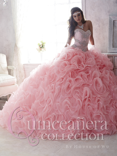 4c0948bd51 New Quinceanera Dresses Pink Organza Detachable Skirt Ball Gown Custom Made  Beaded Crystal Ruffles Vestido De Debutante Q1072
