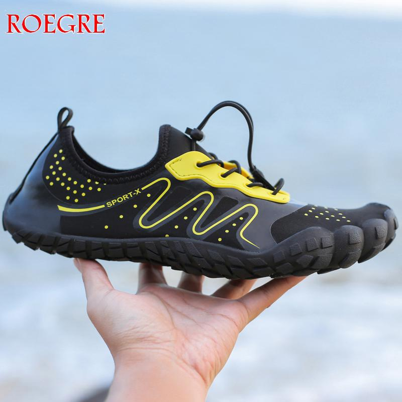 2019 Summer Men Beach Wading Casual Shoes Swimming On Surf Quick-Drying Lace-up Unisex Sneakers Sock Drainage  Man Water Shoes