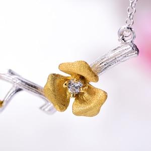 Image 3 - Lotus zabawy prawdziwe 925 Sterling Silver Handmade projektant biżuterii Delicated kwiat śliwy naszyjnik kwiatowy z łańcucha dla kobiet