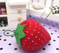 1 pcs Stawberry needle ball pin organizer help for sewing cloth Craft instert package embroidery Tool DIY needlework set plu 2th