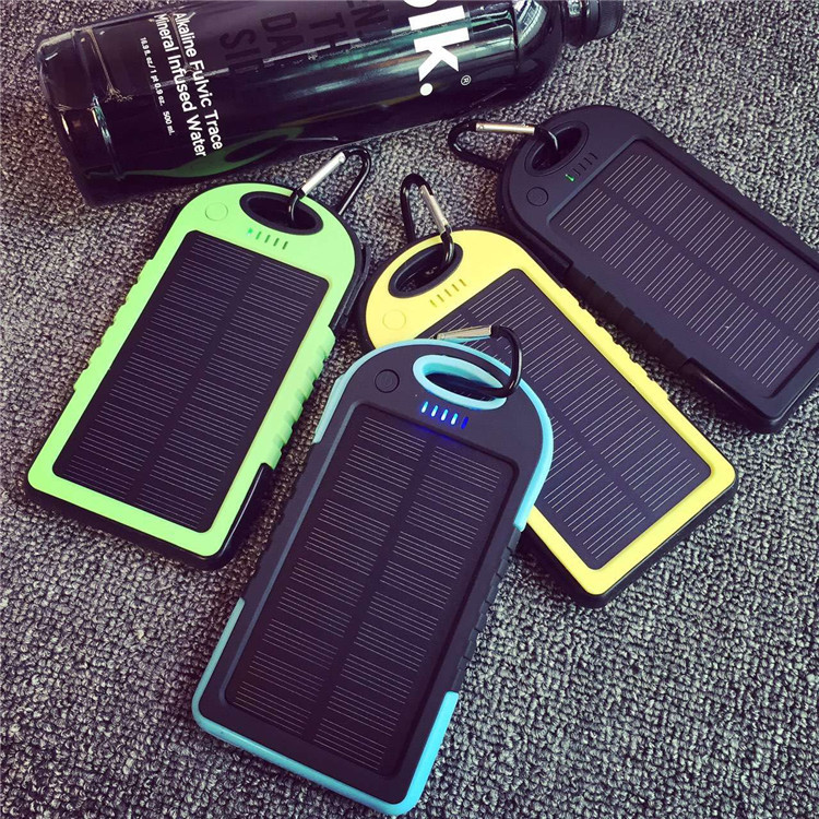 Dual USB 8000MAH Large Capacity Solar Power Bank Battery Charger Powerbank Fast Supply With Flashlight For