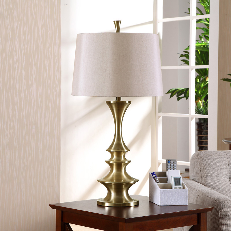 American Country European Retro Living Room Table Lamp Study Modern Antique Brass Decorative Iron Bedroom Bedside