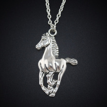 2017 New Women Jewelry Vintage Silver Tone 1.0″X1.5″ Cool Horse Pendant Short Necklace Girls Gift DY57 Free Shipping