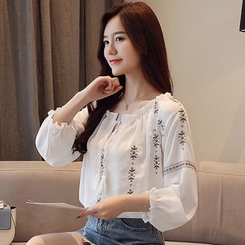 201b97a098 Algodón blanco del bordado 2018 otoño nueva moda mujer blusa manga larga  Casual Tops camisa suelta Blusas femenina