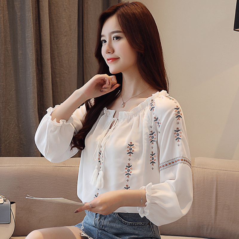 fad8ee1ca146 Embroidery White Cotton Shirt 2018 Autumn New Fashion Women Blouse ...
