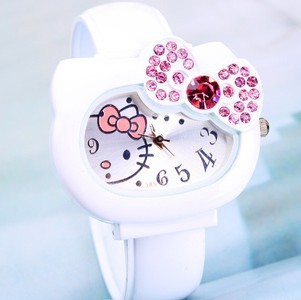 Free shipping 2015 new fashion white Hello Kitty quartz watch bracelet bangle watches ladies watches (A0368)