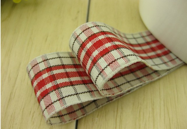 Free shipping 1 25mm Scottish Style Plaid Ribbon Gingham Ribbon font b Tartan b font Ribbon