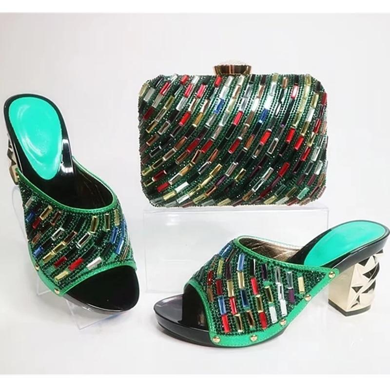 vert Chaussures Sac Couleur Femmes or Pour Nigérian Décoré Vert Strass Parties Et Ensemble Correspondant Avec rouge Arrivée Bleu Nouvelle FqTXff