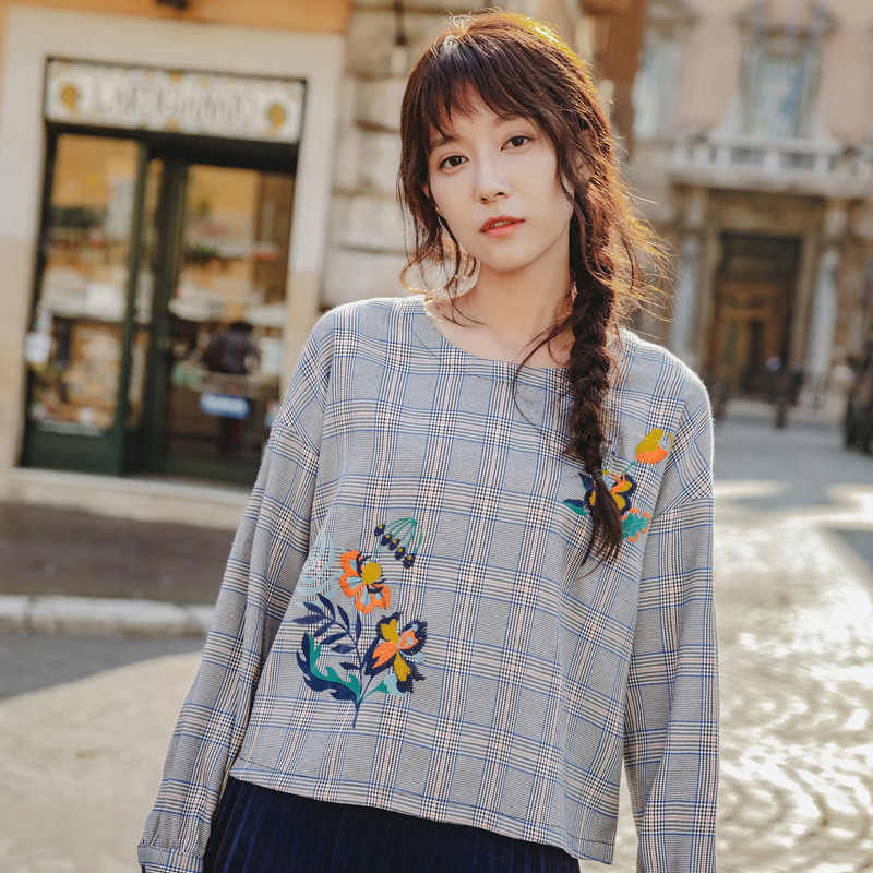 INMAN Spring Autumn Round Neck Long Sleeve Polyester Fiber All Matched Embroidery Plaid Women Tops and Blouses