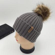 Kvalitní vlněná čepice pro maminku a dítě