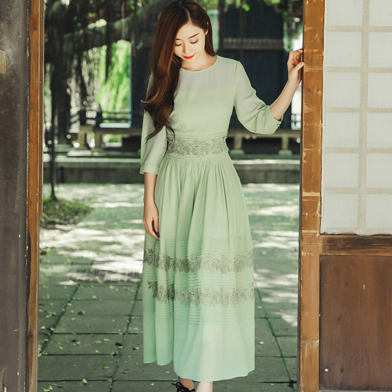 Herbe vert en mousseline de soie dentelle plissée deux-couche longue midi robes vert lace long summer femmes robes de haute qualité formelle robes