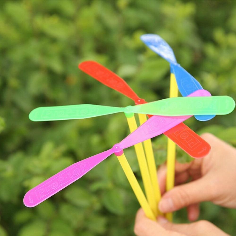 12 pçs novidade plástico de bambu libélula hélice brinquedo ao ar livre crianças presente voando