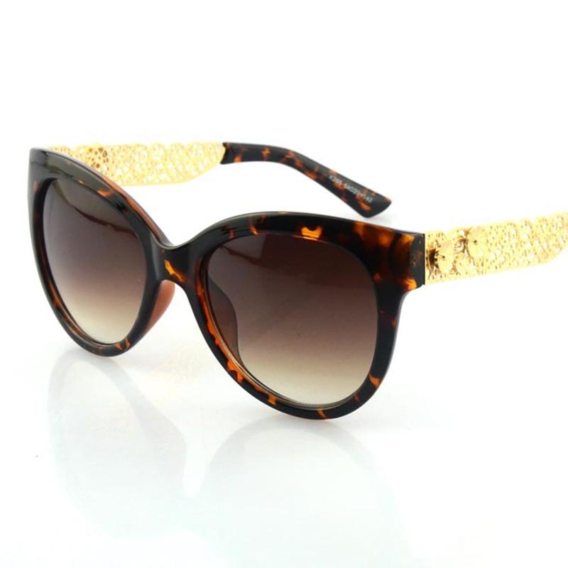 2 Couleurs Élégante Dentelle Fleur Creux Carré Cadre Lunettes Hot New  Vintage Mode Cool Summer lunettes de Soleil Femmes Marque Designer f8d2a149f112