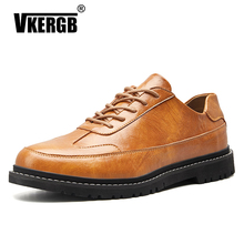 цена на High Quality Brogue Shoes Male Casual Genuine Leather Wedding Party Loafers Summer Casual Slip-On Flat Moccasins Male Boat Shoes
