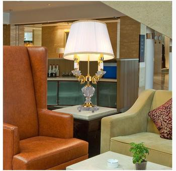 Envío Gratis, decoración D460mm H730mm, candelabro de cristal dorado para mesa, luz de escritorio, candelabro de boda para lámpara de mesa LED AC, 100% garantizado