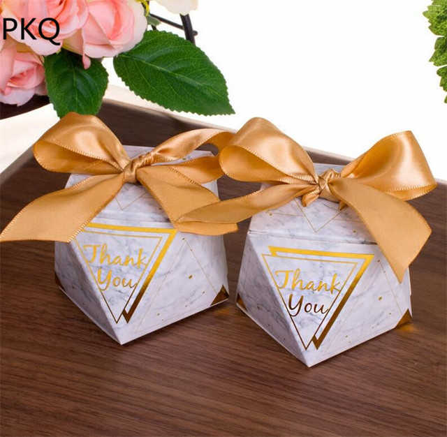 30pcs New Creative Small Diamond Shape Candy Box With Ribbon Wedding Favors Party Supplies Baby Shower