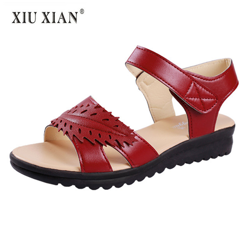2018 Summer New Arrived PU Leather Soft Bottom Non Slip Mother Sandals Fashion Women Outside Beach Sandals Comfort Leisure Shoes timetang mother sandals soft leather large size flat sandals summer casual comfortable non slip in the elderly women s shoes