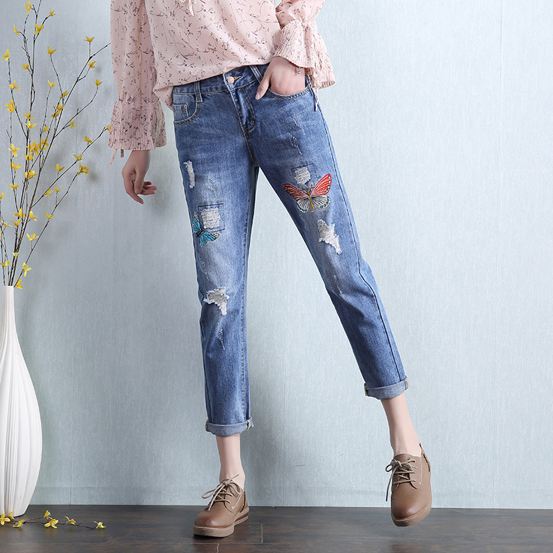 2017 Spring Summer New Female Butterfly Embroidery Pockets Denim Penci Pants Women Bottom Blue Casual Harem Pants Capris L476 flower embroidery jeans female blue casual pants capris 2017 spring summer pockets straight jeans women bottom a46