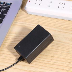 Image 3 - Universal 21V 2A 18650 Lithium Batterie Ladegerät DC 5,5mm Plug Power Adapter Ladegerät hohe quility EU Stecker UNS stecker für laptop neue