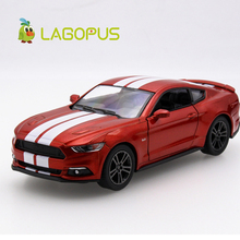 Hög simulering 1:38 Ford Mustang GT-legering dra tillbaka modellbilar Två dörr sportbil Modell Toy Collection Gift For Kids New