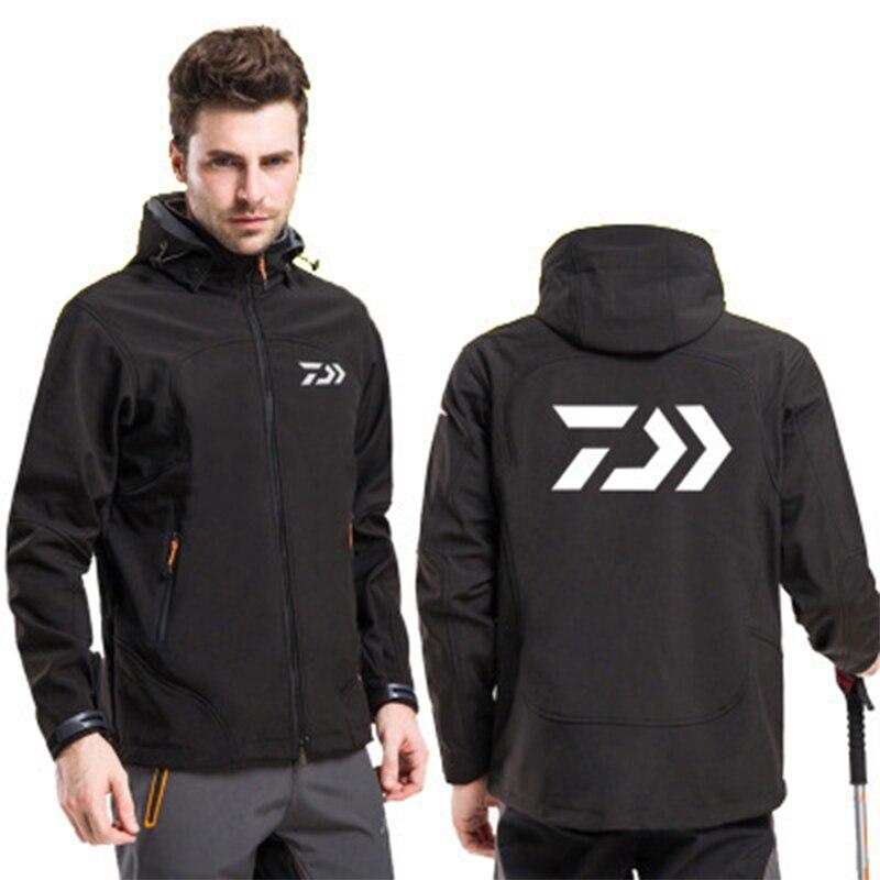 Daiwa Soft Shell Fleece Windproof Fishing Jacket Outdoor Warm And Velvet Fishing Coat Waterproof Fishing Clothing