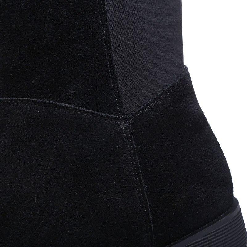Женские зимние матовые высокие сапоги из лицевой кожи в рыцарском стиле удобные черные высокие эластичные сапоги на низком каблуке и платф...