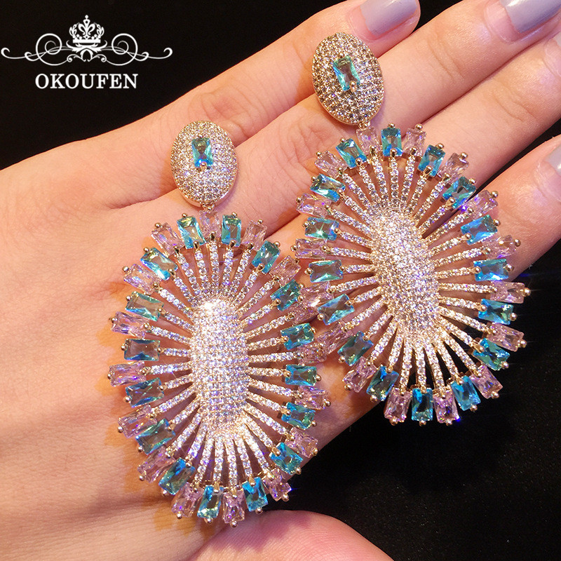 Luxury Colorful Long Peacock Earrings AAA Zircon Crystal Carved Ear Stud Nails For Women Jewelry Wedding Engagement Accessories shining rhinestone peacock colorful femininity earrings golden pair