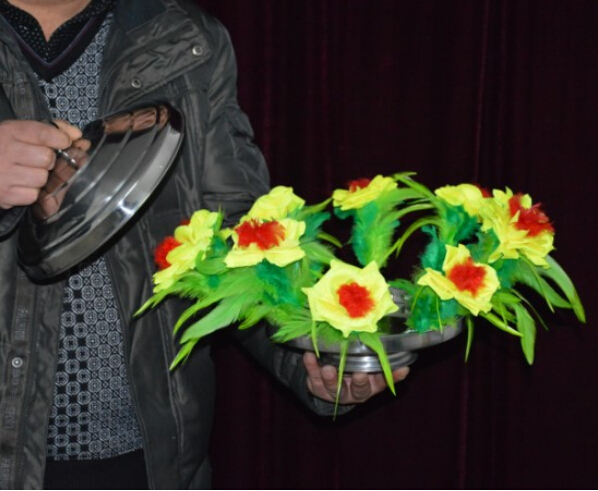 ФОТО new Fire to Flower Pan(with yellow flower) - Magic trick,flower magic,stage,gimmick,accessories,comedy