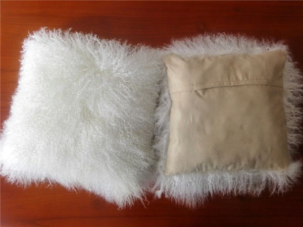 Tibetan sheepskin pillow (3)