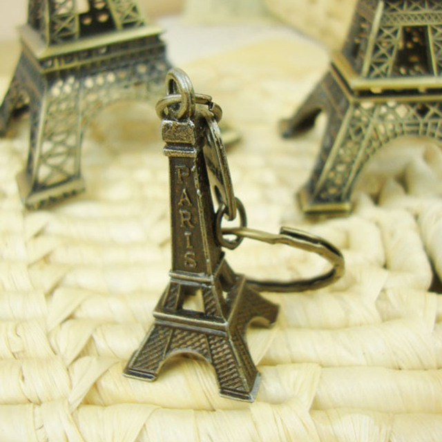 1pc 5-25cm Paris Tower Metal Crafts Creative Souvenir Model Table Miniaturas Desk Ornaments Vintage Figurine Home Decor 2