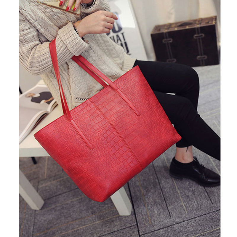 2019 Big New Women Shoulder Bags Alligator Ladies Leather Bags Casual women zipper handbags Famous Brands Totes black red colors