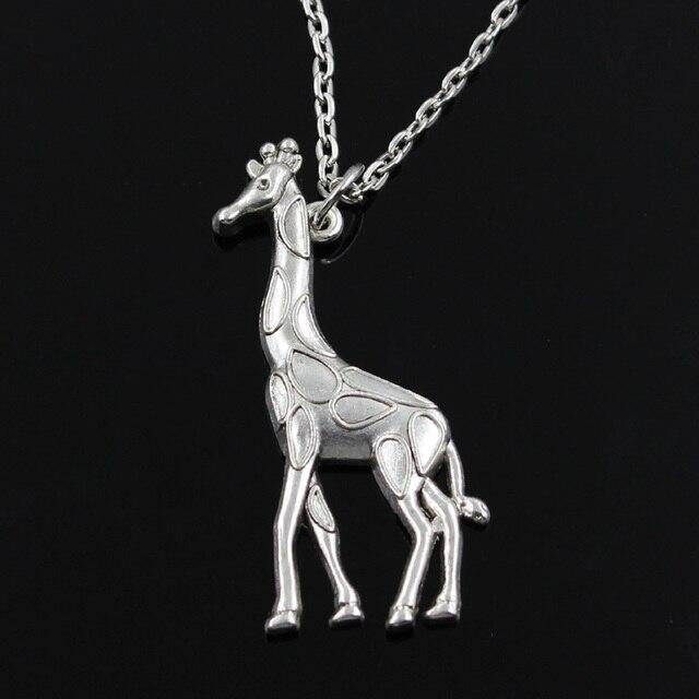 Just like we were kids again [Priv. Altair Velkan] - Página 2 Nueva-moda-jirafa-ciervos-Colgantes-ronda-cruz-larga-Para-Mujer-Para-Hombre-de-plata-Regalo-de.jpg_640x640