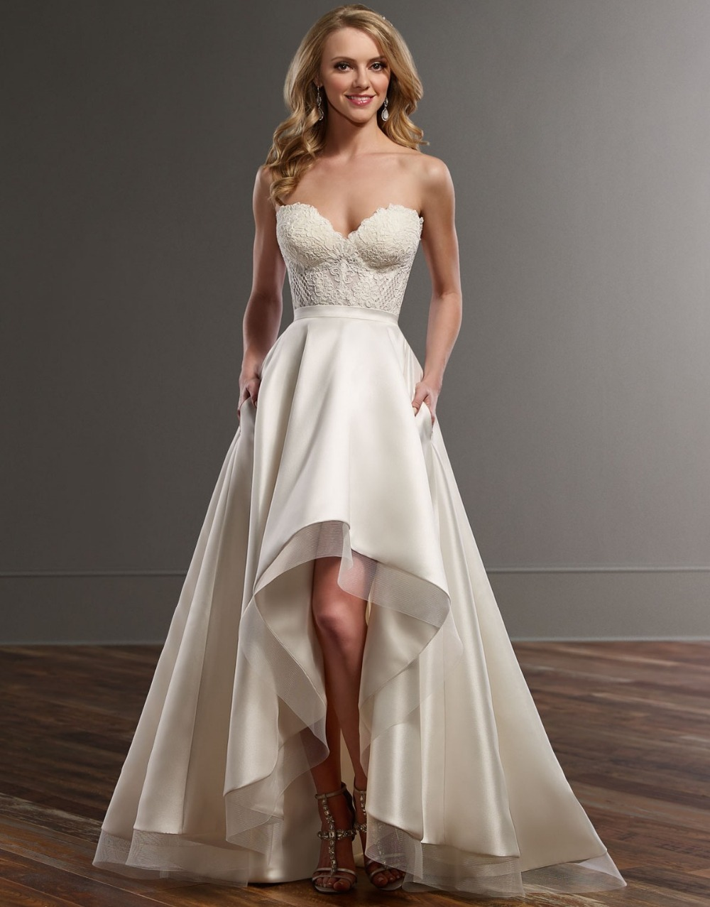 Wedding Dress 2017 Vestido De Noiva Sweetheart Lace Satin Short Front Long Back Y Gowns Bride Boho In Dresses From Weddings Events On