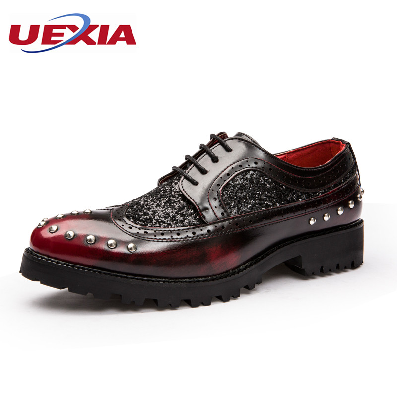 Bullock Shoes Men Brogues Flats Oxford Pointed Toe Patent Leather Wedding Shoes Non-Slip Lace-Up Rivets Zapatillas Hombre pu pointed toe flats with eyelet strap