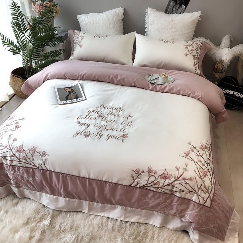 Luxury European Styel Egyptian Cotton Bedding Set Embroidery Duvet Cover Bed Sheet/Linen Pillowcases 4pcs