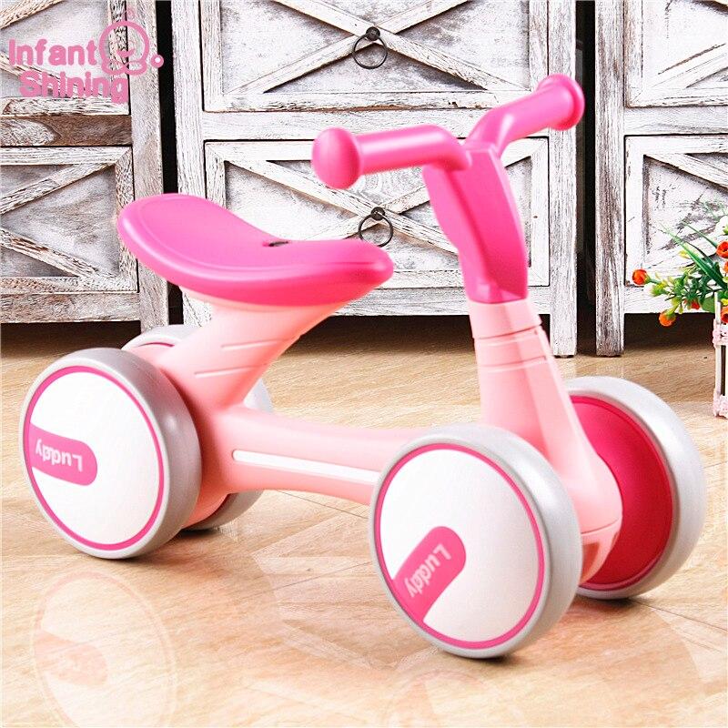 Infantile Brillant Enfants Vélo Scooter 4 Roues Voiture Jouet Bébé Walker 1-3Y Aucun Pied Twist Tour sur les Jouets Cadeau